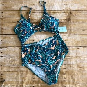 NWT Cupshe Lush Leaves One Piece Swimsuit L